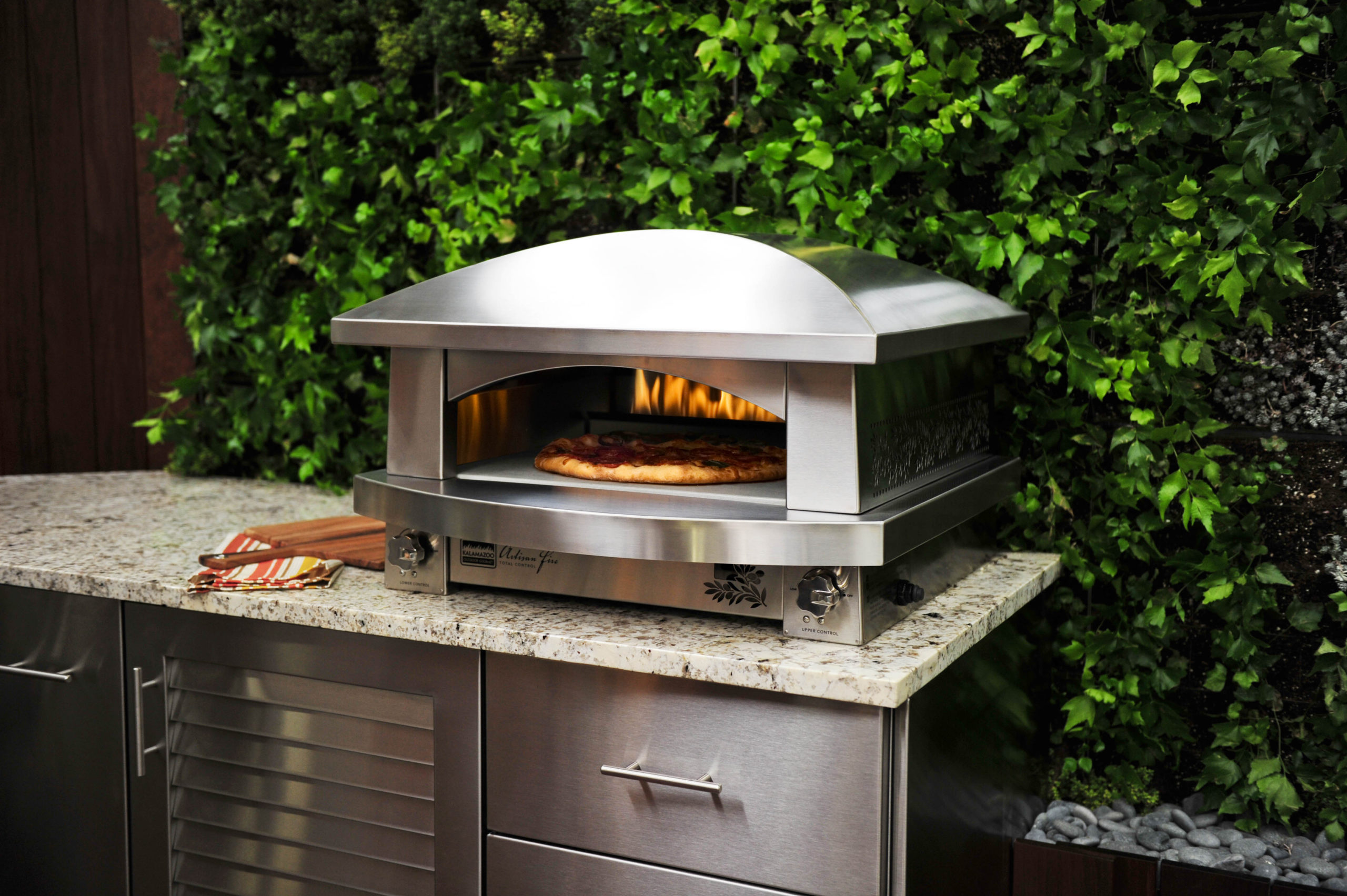 """Artisan_Fire_Pizza_Oven_Green_Wall_Horizontal_Copy_Kalamazoo_Outdoor_Gourmet"""
